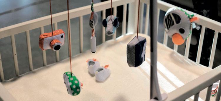 Le mobile connecté pour les bébés de Laura Cornet